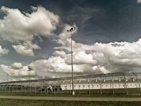 Prison-001