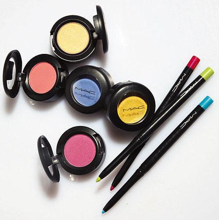 Mac-makeup-art-cosmetics-collection-eyeshadows-technakohl